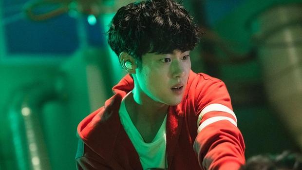 6 nam thần trẻ xứ Hàn lên hương năm 2020: Mê nhất cặp Song Kang - Lee Do Hyun đã có sắc còn dư thừa tài năng! - Ảnh 9.
