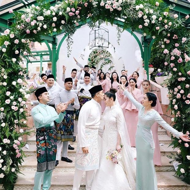 Tổ chức hôn lễ xa hoa bậc nhất năm 2018, ái nữ của đại gia giàu nhất Malaysia giờ có cuộc sống ra sao? - Ảnh 3.
