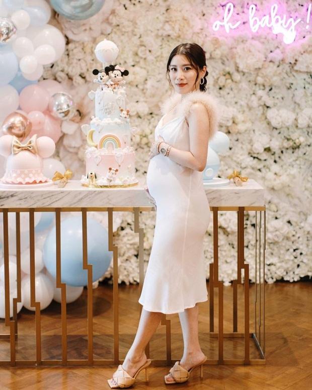 Tổ chức hôn lễ xa hoa bậc nhất năm 2018, ái nữ của đại gia giàu nhất Malaysia giờ có cuộc sống ra sao? - Ảnh 4.