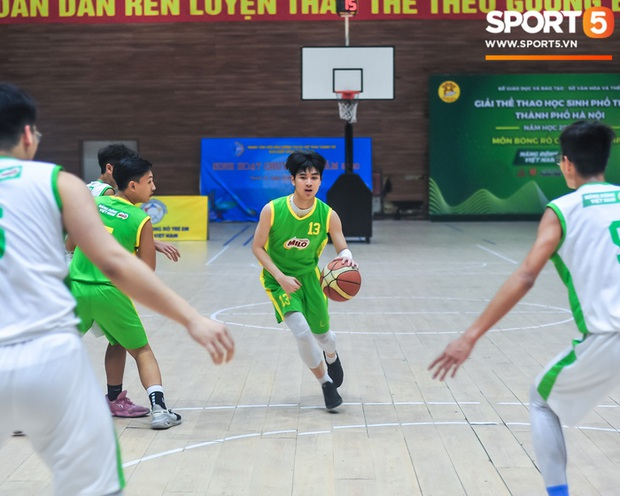 """Chân dung các """"con nhà người ta"""" tại giải bóng rổ học sinh Hà Nội - Ảnh 5."""