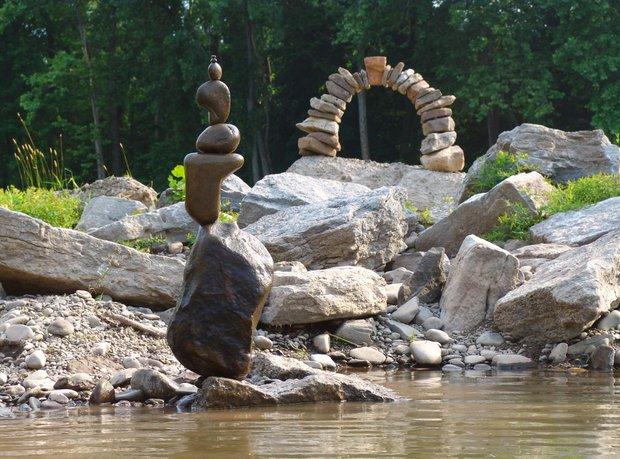 Nghệ thuật xếp đá thăng bằng: Phía sau trào lưu nghệ thuật tinh tế là hiểm họa to lớn không ai ngờ, càng không dễ dàng nhìn thấy ngay - Ảnh 6.