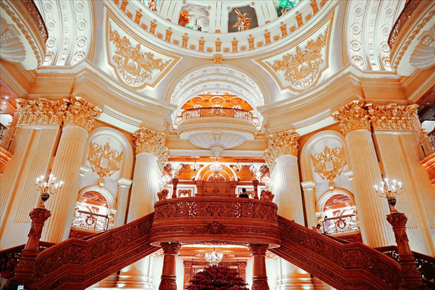 Cận cảnh lâu đài dát vàng của đại gia xi măng ở Ninh Bình: Xây thô hết 400 tỷ, nội thất đắt đến choáng ngợp - Ảnh 6.