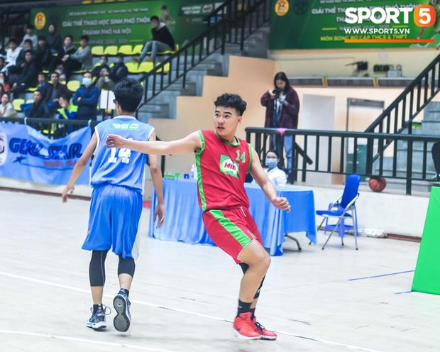"""Chân dung các """"con nhà người ta"""" tại giải bóng rổ học sinh Hà Nội - Ảnh 11."""
