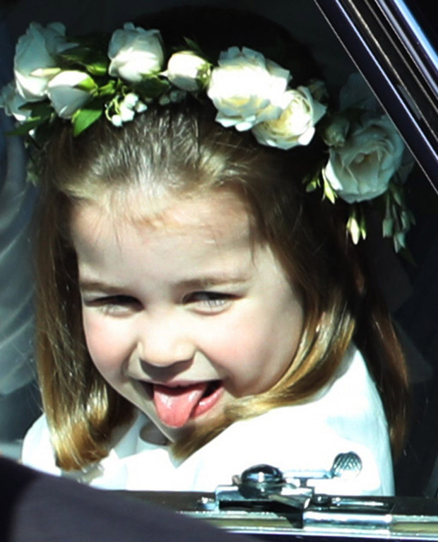 """Những khoảnh khắc """"cưng xỉu"""" của các em bé Hoàng tộc khắp thế giới, mang danh Hoàng tử Công chúa thì vẫn là trẻ nhỏ vô tư và cực lầy - Ảnh 4."""