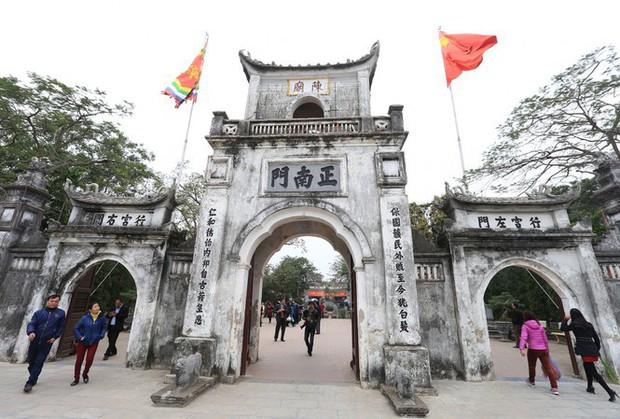 Nam Định ra văn bản dừng lễ hội khai ấn Đền Trần - Ảnh 1.
