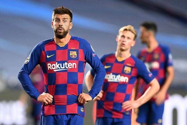 Sốc: Barca trên bờ vực phá sản, nợ gần 1,5 tỷ USD và không thể trả lương cho các cầu thủ - Ảnh 1.
