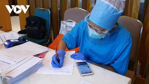 Indonesia là quốc gia đầu tiên ở Đông Nam Á vượt ngưỡng 1 triệu ca mắc Covid-19  - Ảnh 1.