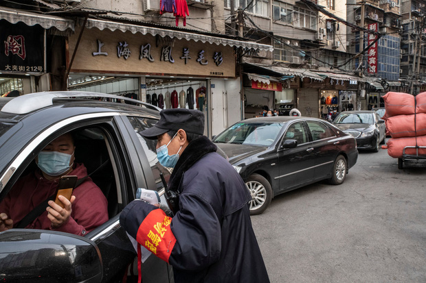 Vũ Hán - một năm nhìn lại: Khi người dân trở lại với cuộc sống bình thường, nhưng vẫn bị ám ảnh bởi những vết sẹo và nỗi đau đã qua - Ảnh 12.