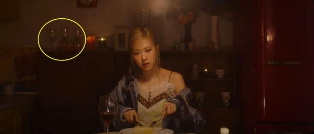 Mổ xẻ teaser solo của Rosé: Nối tiếp chuyện tình buồn trong Lovesick Girls, cài cắm cả chi tiết đại diện cho BLACKPINK? - Ảnh 5.