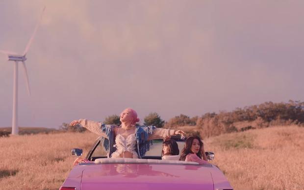 Mổ xẻ teaser solo của Rosé: Nối tiếp chuyện tình buồn trong Lovesick Girls, cài cắm cả chi tiết đại diện cho BLACKPINK? - Ảnh 11.