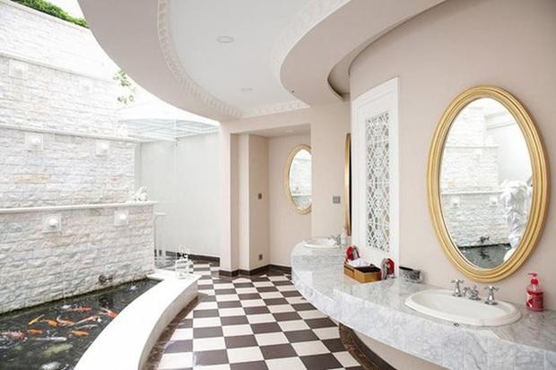 Chiêm ngưỡng biệt thự của Hoa hậu Giáng My: Sang chảnh như cung điện, phòng khách có sức chứa cả trăm người - Ảnh 9.