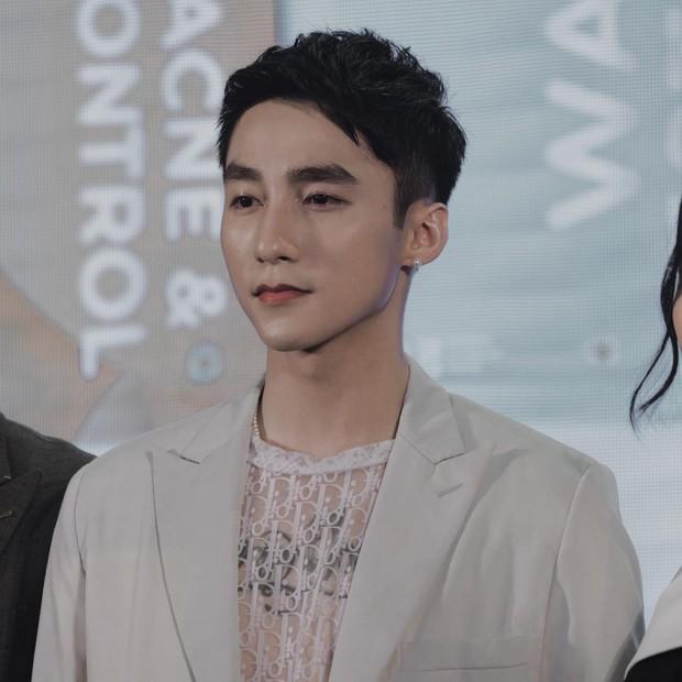 """NÓNG: Rộ ảnh thông báo fanpage 300.000 follower của công ty Sơn Tùng sẽ bị xoá giữa drama """"trà xanh"""", thực hư ra sao? - Ảnh 4."""