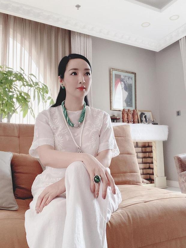 Chiêm ngưỡng biệt thự của Hoa hậu Giáng My: Sang chảnh như cung điện, phòng khách có sức chứa cả trăm người - Ảnh 5.
