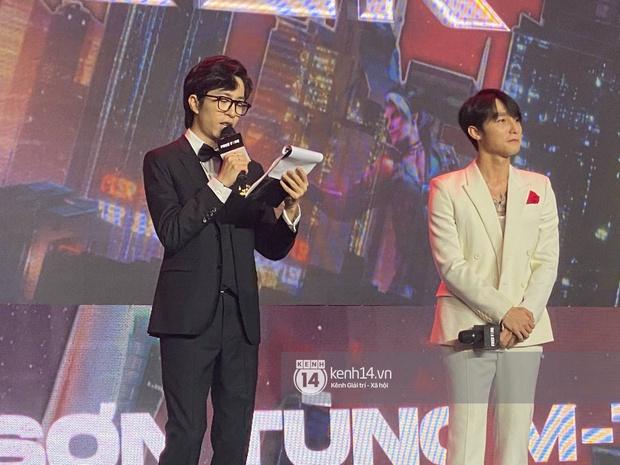 NGAY LÚC NÀY: Sơn Tùng M-TP lần đầu xuất hiện trước truyền thông sau drama trà xanh - Ảnh 5.