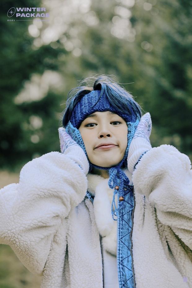 """Lâu lắm rồi BTS mới """"bùng nổ"""" nhan sắc thế này: Mái tóc kỳ quan thứ 8 của Jungkook chiếm spotlight, V đúng là cực phẩm hiếm có - Ảnh 8."""