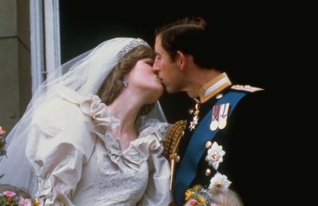 Sự thật về cuộc hôn nhân của Công nương Diana: Thực chất cũng từng vô cùng ngọt ngào lãng mạn khác hẳn suy nghĩ của nhiều người - Ảnh 5.