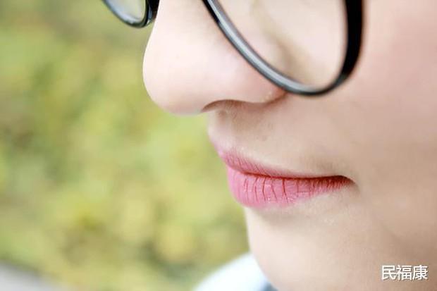 Bỗng thấy miệng xuất hiện 3 điều lạ nghĩa là ung thư đã hình thành, bạn nên đi khám khẩn cấp - Ảnh 4.