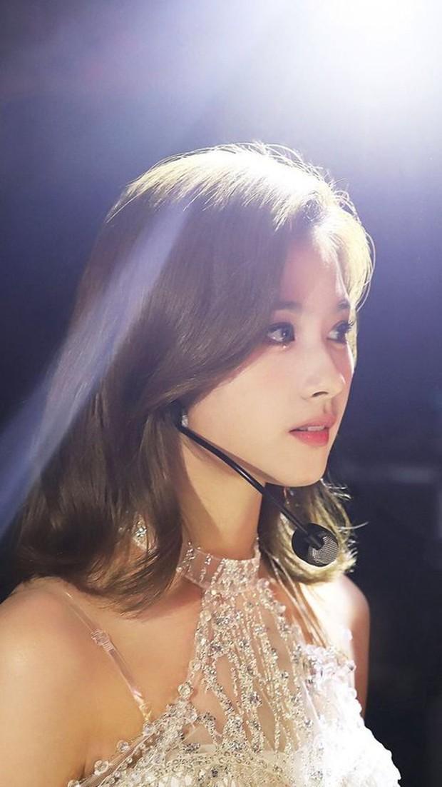 """Top nữ idol """"đậm"""" khí chất công chúa nhất Kpop: Rosé và thành viên hụt BLACKPINK đẹp hiếm có, Joy là Bạch Tuyết """"chuyển thể"""" - Ảnh 13."""