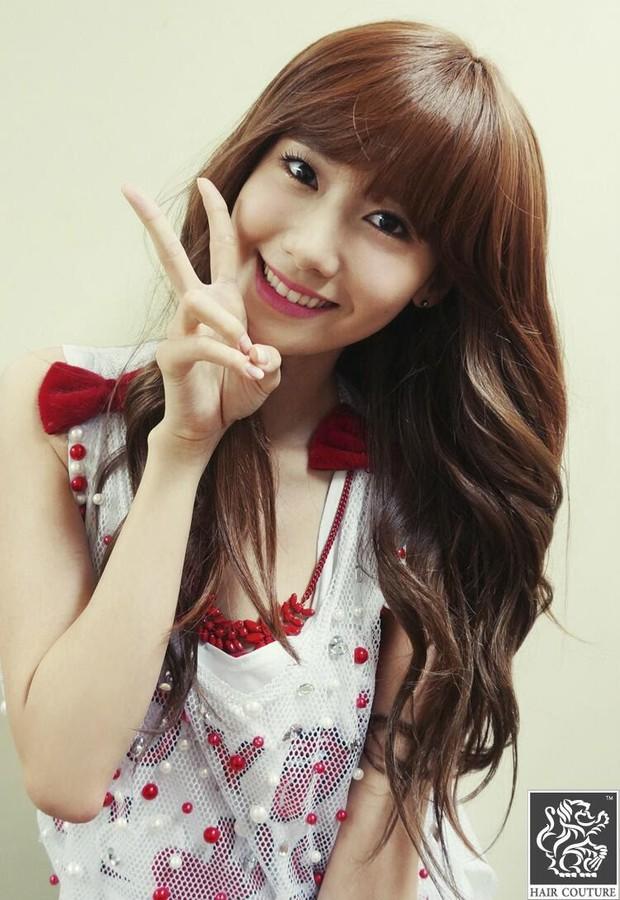Diện tóc mái giả, Yoona từng bị hại ngượng chín mặt, đến Taeyeon cũng sững người vì bất ngờ - Ảnh 3.