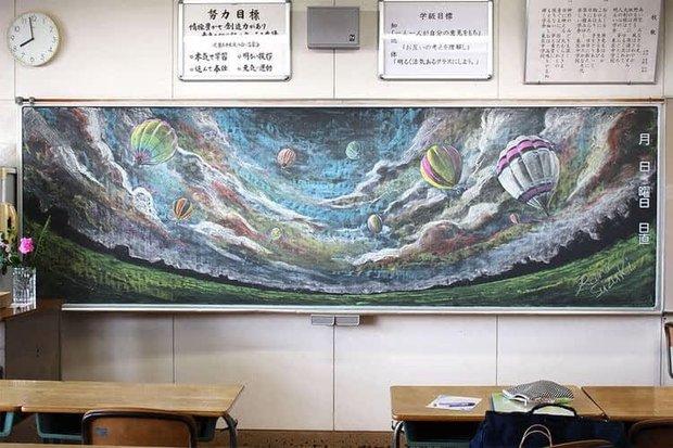 """Dân mạng trầm trồ trước tài năng vẽ của học sinh Nhật Bản: Chỉ phấn trắng, bảng xanh cũng tạo nên những """"tuyệt phẩm"""" thế này đây! - Ảnh 3."""