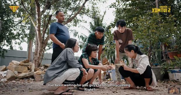 Thu Trang rủ cả xóm đóng Ròm ở Chuyện Xóm Tui 2 tập 1: Chơi đề đến tiền mất tật mang, bị ông thần Tiến Luật cười ha hả vào mặt! - Ảnh 10.