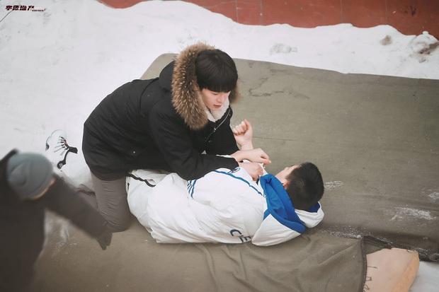 Bị đồn dẫn bạn gái lên phim trường đam mỹ, em trai Phạm Băng Băng lập tức đáp trả trấn an fan - Ảnh 10.