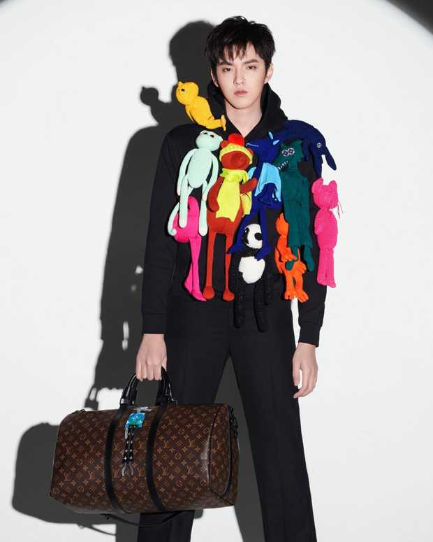 Đỉnh cao mặc đẹp của Ngô Diệc Phàm: Cân hết mọi style từ khó cảm đến hường phấn bánh bèo - Ảnh 12.