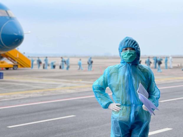 BTV Thu Hà phủ nhận thông tin ê kíp VTV trở thành F1 khi ghi hình ở sân bay Vân Đồn - Ảnh 4.