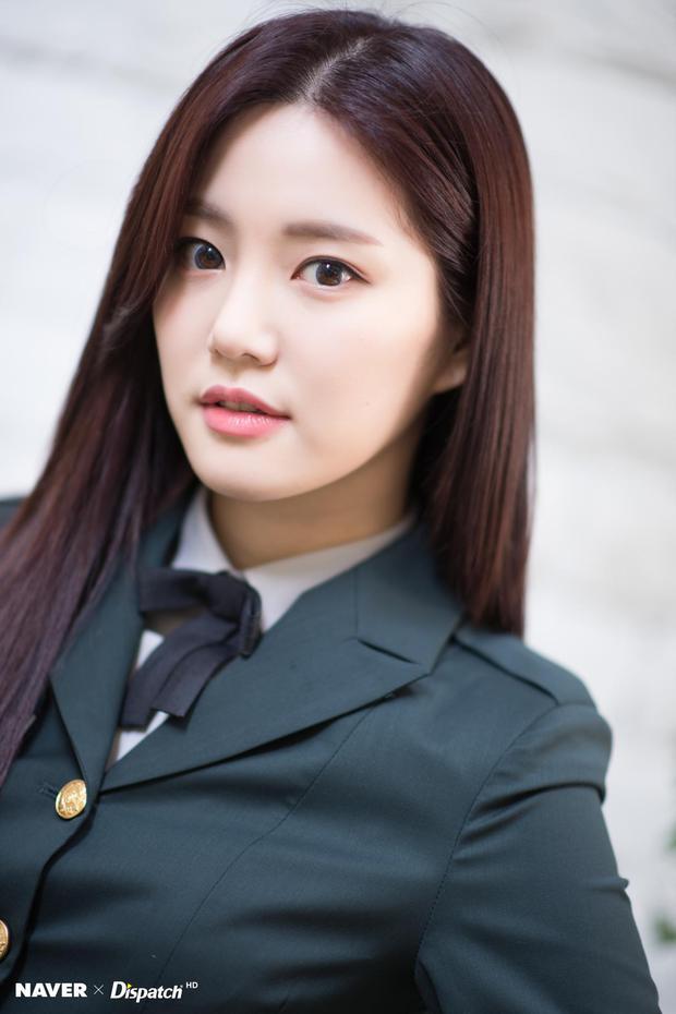Sao Hàn kể chuyện ám ảnh khi hẹn hò: Bạn gái Lee Dong Wook nã 300 tin nhắn, Jung Kyung Ho lén xem điện thoại Sooyoung? - Ảnh 9.