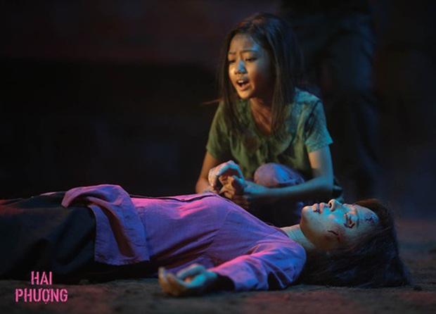 Sao nhí Hai Phượng trợn mắt chết điếng khi bị ma răng nhọn ghé thăm ở poster phim kinh dị Bóng Đè - Ảnh 5.
