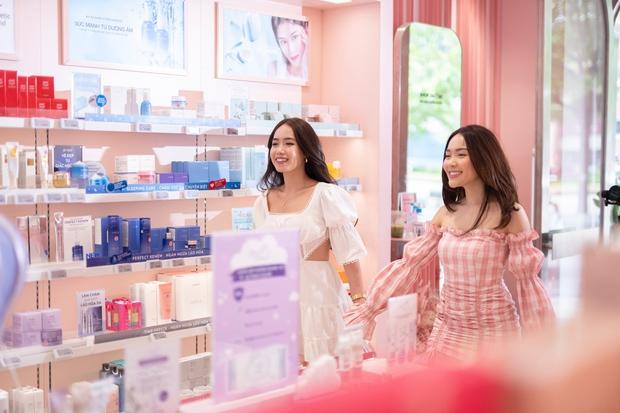 Tín đồ làm đẹp dành mưa lời khen cho cửa hàng hồng ngọt ngào trên phố đi bộ - Ảnh 1.