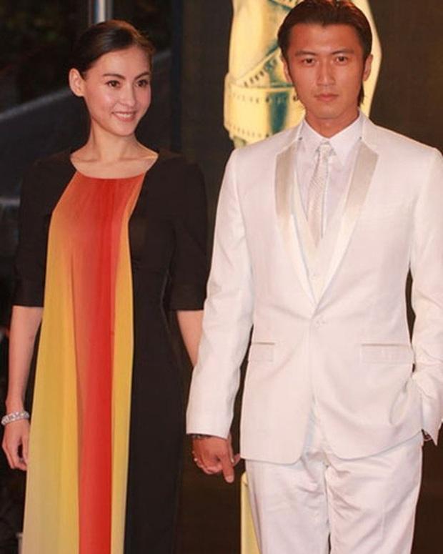 Con trai thứ 3 của Trương Bá Chi bắt đầu gọi Tạ Đình Phong là bố, Vương Phi tỏ thái độ khó chịu ra mặt - Ảnh 2.