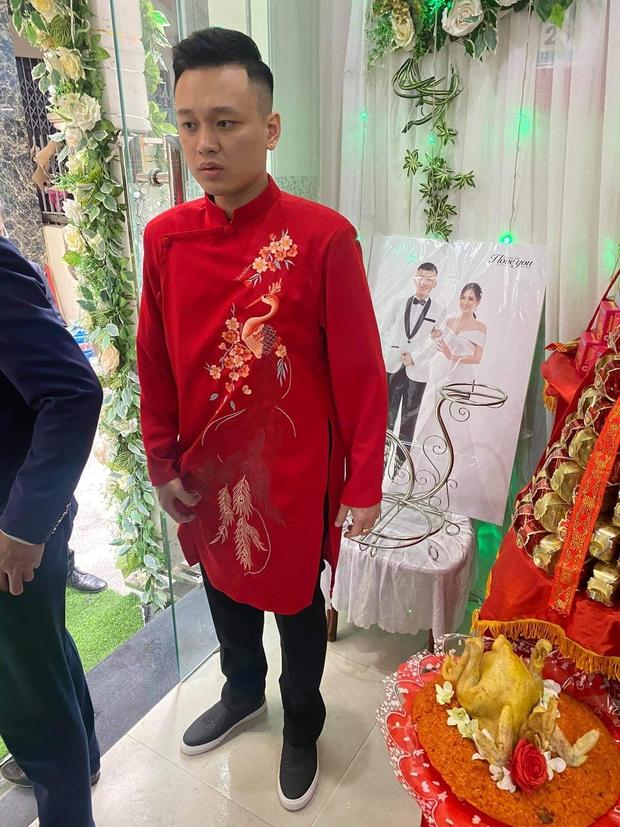 Câu chuyện nhà trai không được vào Quảng Ninh đón dâu vì Covid-19: Hai gia đình đã gặp gỡ, trao lễ ngay tại... trạm BOT - Ảnh 3.