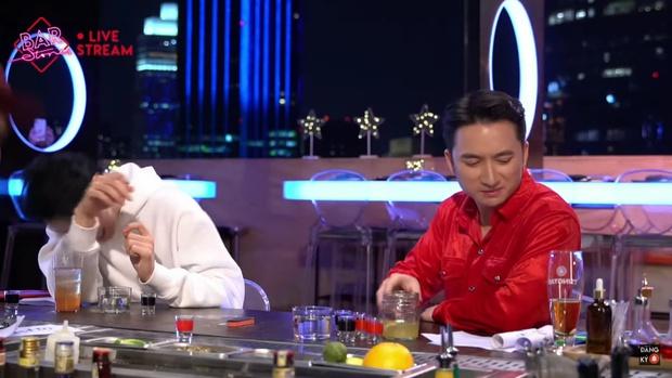 VJ Dustin Phúc Nguyễn hé lộ món nợ 2,5 tỷ đồng khiến Karik - Phan Mạnh Quỳnh ngỡ ngàng - Ảnh 3.