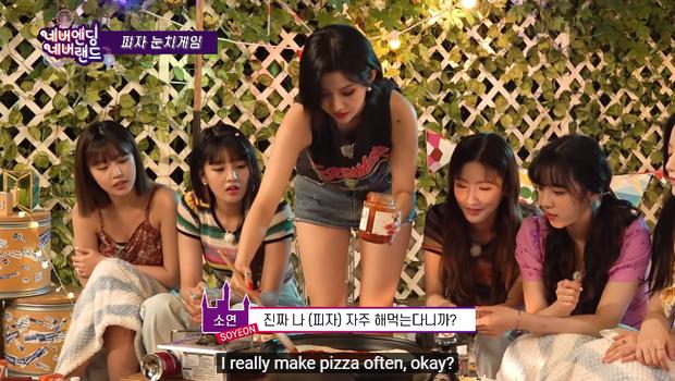 Tự tin khoe tài nấu ăn nhưng trưởng nhóm (G)I-dle lại khiến cả nhóm cười bể bụng với món pizza đen sì - Ảnh 5.