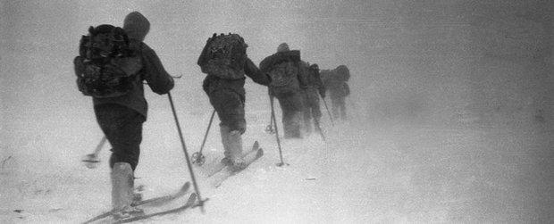 9 người chết sau 1 đêm: Thảm họa leo núi bí ẩn và kinh hoàng nhất lịch sử nước Nga cuối cùng đã có lời giải - Ảnh 1.