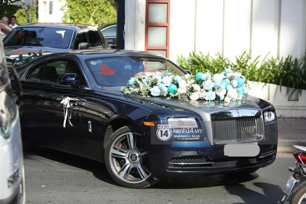 Cận cảnh Rolls-Royce, McLaren, Maybach góp mặt trong dàn siêu xe trăm tỷ hộ tống Phan Thành đưa nàng về dinh - Ảnh 3.