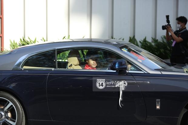 Cận cảnh Rolls-Royce, McLaren, Maybach góp mặt trong dàn siêu xe trăm tỷ hộ tống Phan Thành đưa nàng về dinh - Ảnh 4.