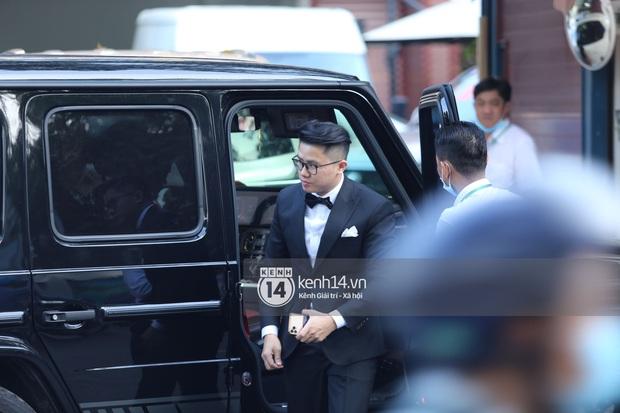 Đám cưới Phan Thành - Primmy Trương: Cô dâu chiếm spotlight với áo dài đỏ, nhẫn kim cương to đùng trên tay nhìn là nể ngay - Ảnh 15.