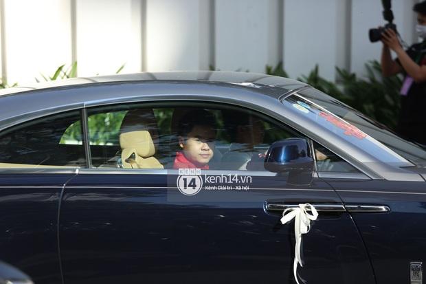 Đám cưới Phan Thành - Primmy Trương: Cô dâu chiếm spotlight với áo dài đỏ, nhẫn kim cương to đùng trên tay nhìn là nể ngay - Ảnh 23.