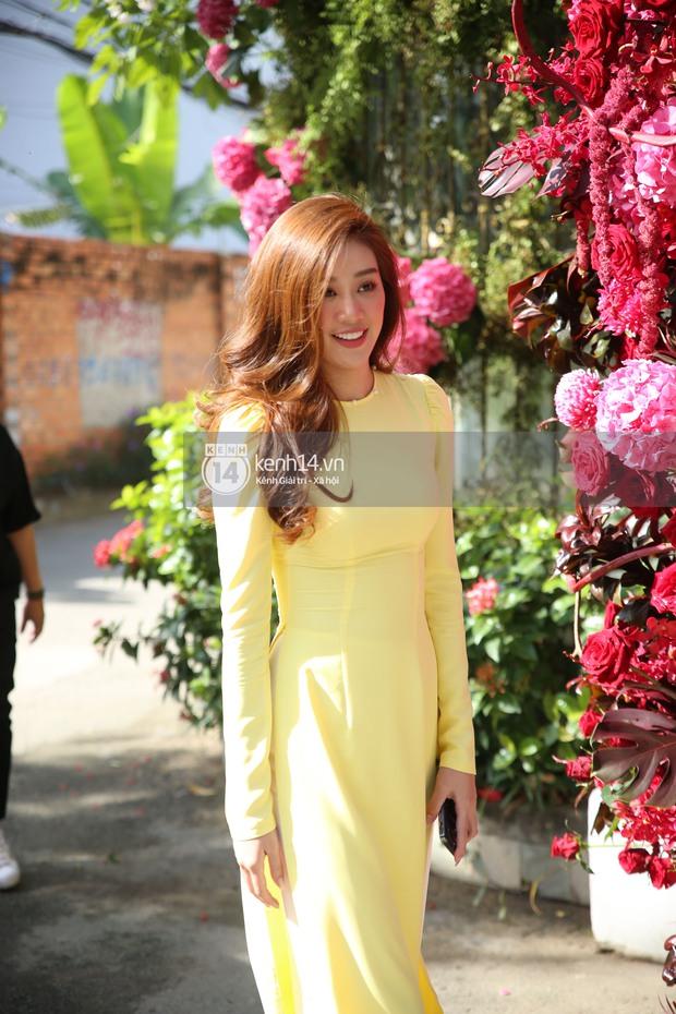 Đám cưới Phan Thành - Primmy Trương: Cô dâu chiếm spotlight với áo dài đỏ, nhẫn kim cương to đùng trên tay nhìn là nể ngay - Ảnh 25.