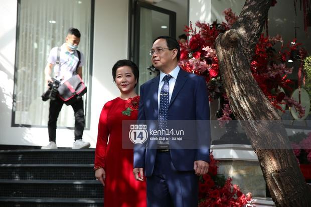 Đám cưới Phan Thành - Primmy Trương: Cô dâu chiếm spotlight với áo dài đỏ, nhẫn kim cương to đùng trên tay nhìn là nể ngay - Ảnh 34.