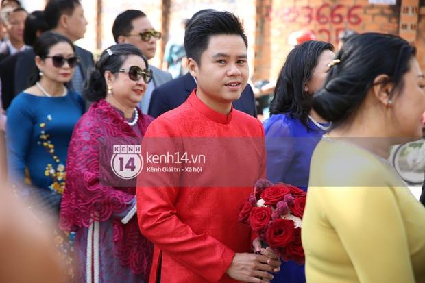 Loạt ảnh Phan Thành diện áo dài đỏ chót, outfit rước dâu bảnh quá trời - Ảnh 4.