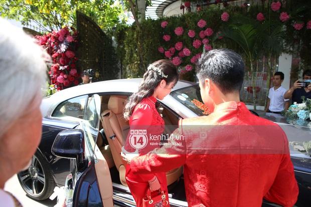 Đám cưới Phan Thành - Primmy Trương: Cô dâu chiếm spotlight với áo dài đỏ, nhẫn kim cương to đùng trên tay nhìn là nể ngay - Ảnh 46.