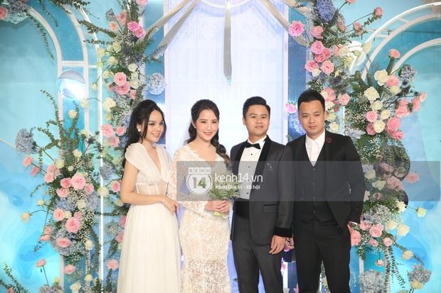 Siêu tiệc cưới của Phan Thành - Primmy Trương: Không gian lung linh như cổ tích, màn nâng ly của 2 đại gia tộc gây sốt - Ảnh 6.