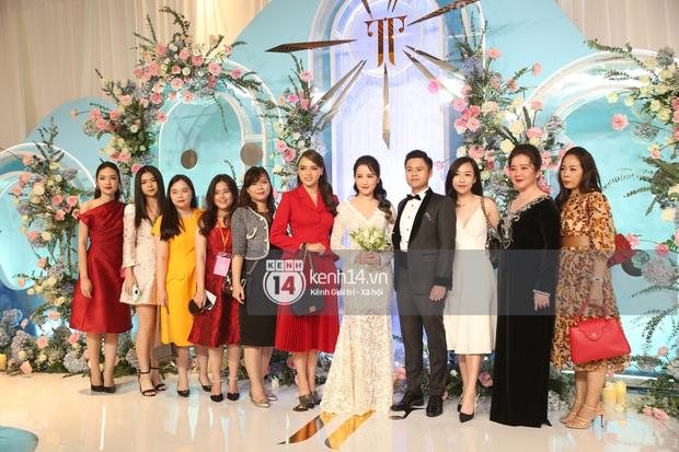 Siêu tiệc cưới của Phan Thành - Primmy Trương: Không gian lung linh như cổ tích, màn nâng ly của 2 đại gia tộc gây sốt - Ảnh 5.