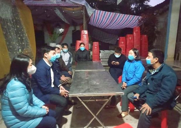 Trở về từ Quảng Ninh, cặp đôi quyết định hoãn đám cưới để cách ly - Ảnh 1.