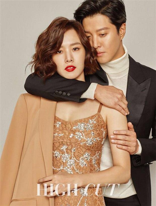 Lee Dong Gun lần đầu xuất hiện sau 8 tháng ly hôn, tuột dốc nhan sắc đến mức khiến công chúng sốc nặng - Ảnh 3.