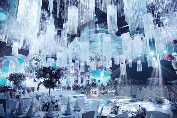 Siêu tiệc cưới của Phan Thành - Primmy Trương: Không gian lung linh như cổ tích, màn nâng ly của 2 đại gia tộc gây sốt - Ảnh 4.