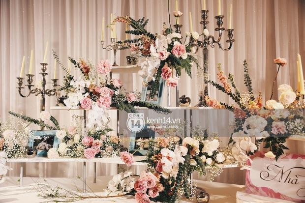 Siêu tiệc cưới của Phan Thành - Primmy Trương: Không gian lung linh như cổ tích, màn nâng ly của 2 đại gia tộc gây sốt - Ảnh 2.